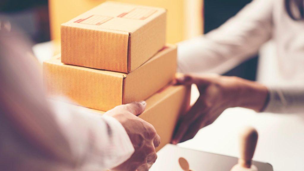 emballage colis cartons réduire ses coûts de stockage